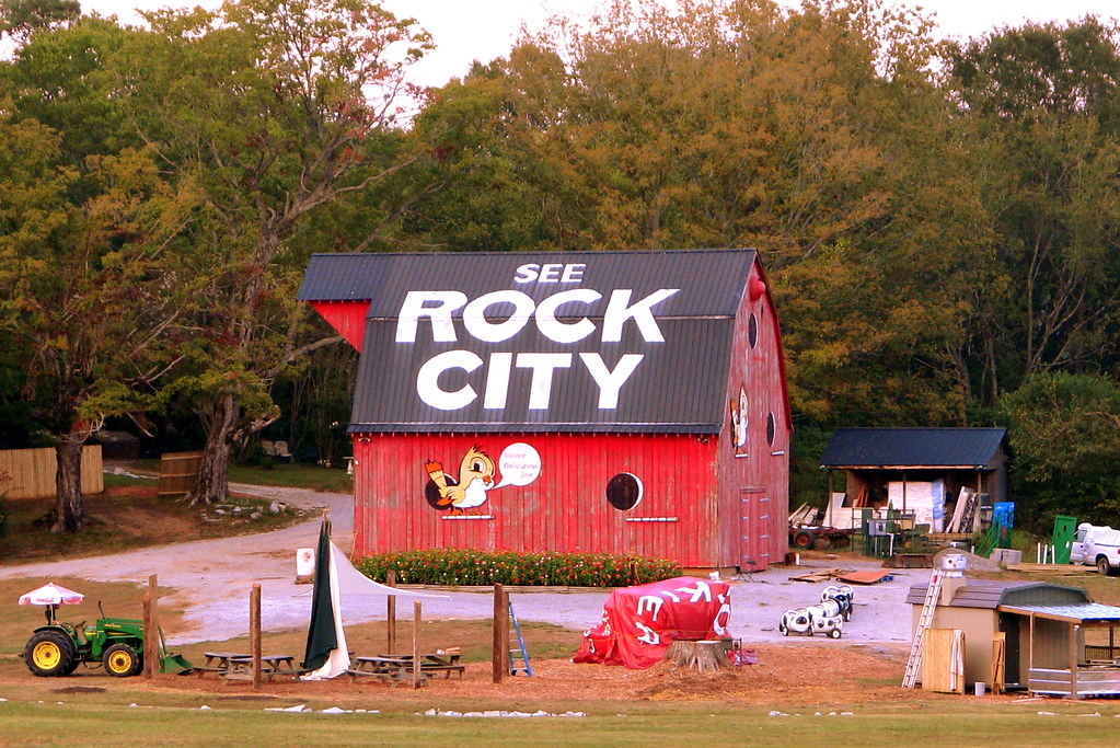 The Rock City Barn You Can See From Rock City When I