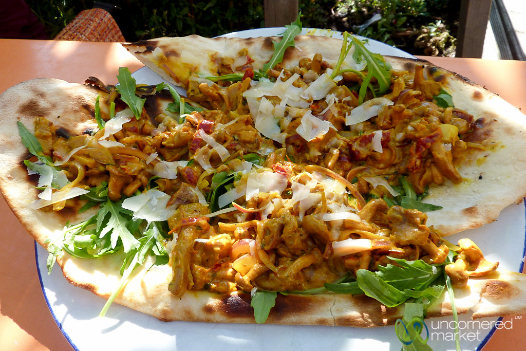 naan pizza covered in chanterelle sauce berlin germany flickr. Black Bedroom Furniture Sets. Home Design Ideas