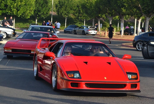 Ferrari F40 | by Bernardo Macouzet Photography