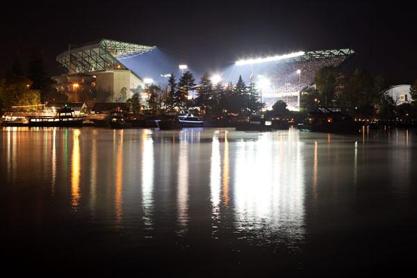 University Of Washington Huskies >> The Final Game at Old Husky Stadium | Saturday night ...