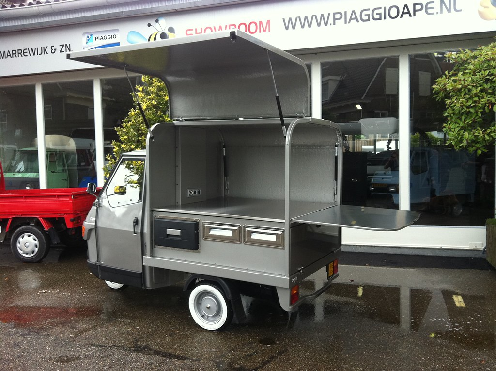 piaggio ape koffie the new piaggio ape salesunit. Black Bedroom Furniture Sets. Home Design Ideas