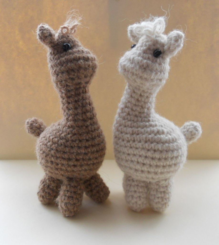 Knitting Patterns Using Alpaca Yarn : Two Amigurumi Alpacas Crocheted in pure alpaca yarn ...