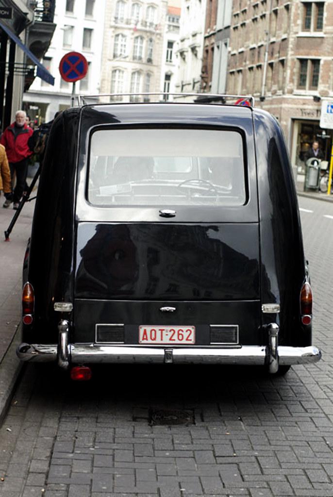 rolls-royce-leichenwagen | rolls-royce-wiki | flickr