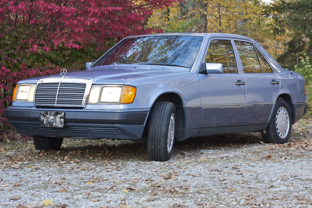 1991 mercedes benz 300e 2 6 waxed for winter snow tires for Mercedes benz winter tires