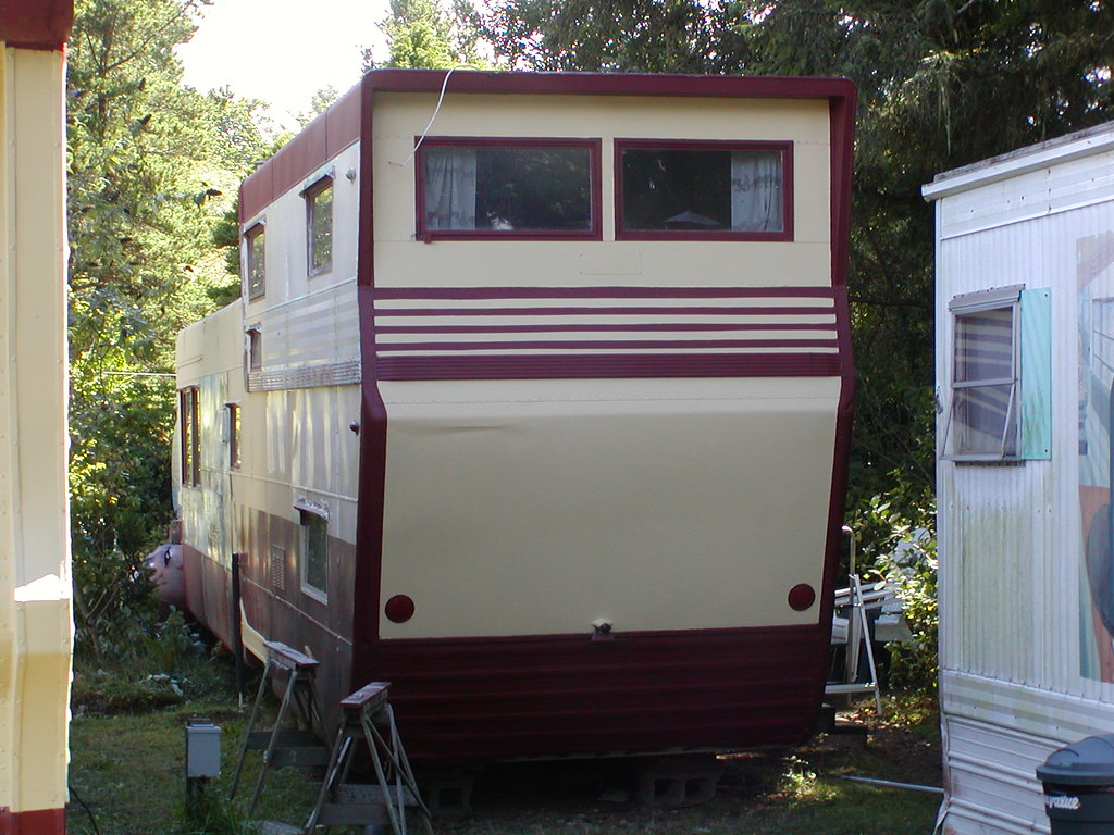 Vintage double decker mobile homes pictures to pin on for Makes of mobile homes
