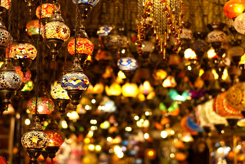 ... Turkish Lamps In Grand Bazar, Old Istanbul | By Damien [Phototrend.fr]