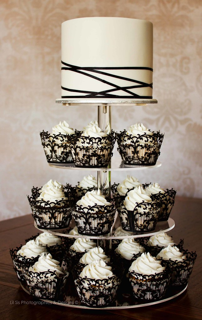 Black And White Ribbon And Lace Wedding Cake Kylie Ballard Flickr