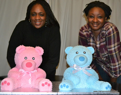 Michaels Cake Decorating Class Sign Up : Teddy Bear Cake Decorating Class Students smiling ...