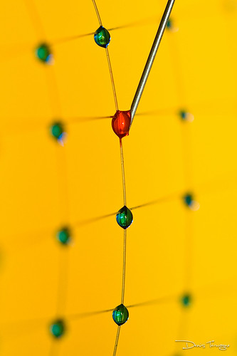 Droplets on a fiber | by Denis Terwagne