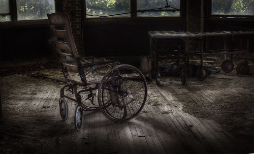 abandoned tuberculosis hospital  ::  ( explore ) | by andre govia.