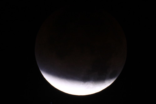 2011-12-10 - 5:48am - Lunar Eclipse 20 Minutes before Totality | by Ken_Lord