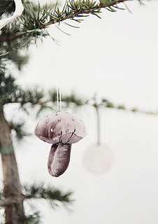 natural style christmas decoration | by the style files