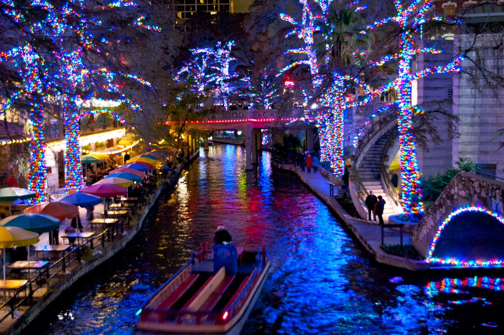 ... Christmas Lights in San Antonio | by L. Allen Brewer - Christmas Lights In San Antonio San Antonio River Walk Flickr