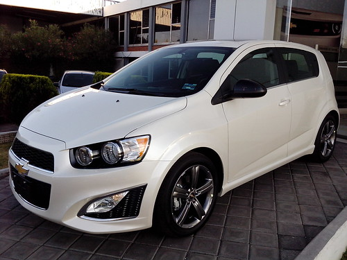 2014 chevrolet sonic rs turbo front of the 2014 sonic rs. Black Bedroom Furniture Sets. Home Design Ideas