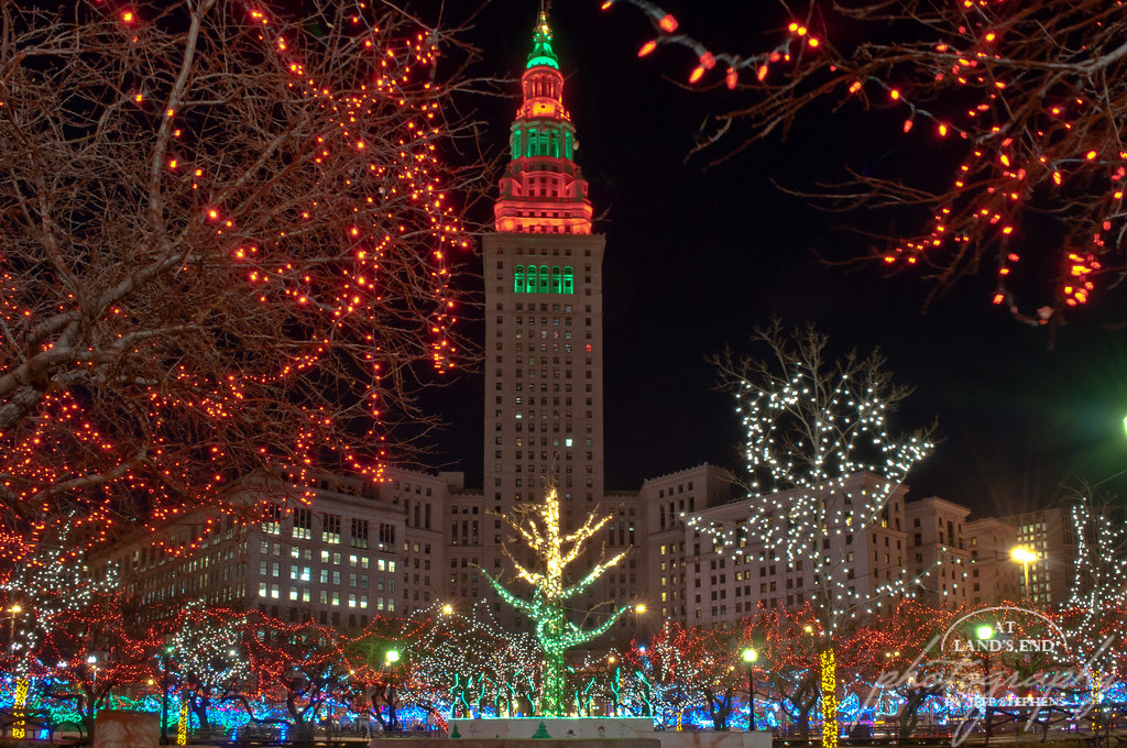 ... Christmas In Cleveland | By At Landu0027s End Photography