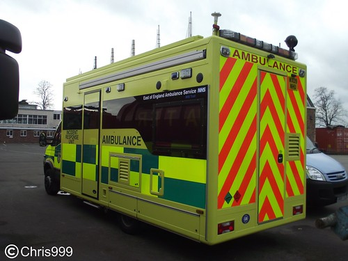 East of England Ambulance Service / Iveco Daily / HART / Incident Response Unit / WX09 NHU | by Chris' 999 Pics