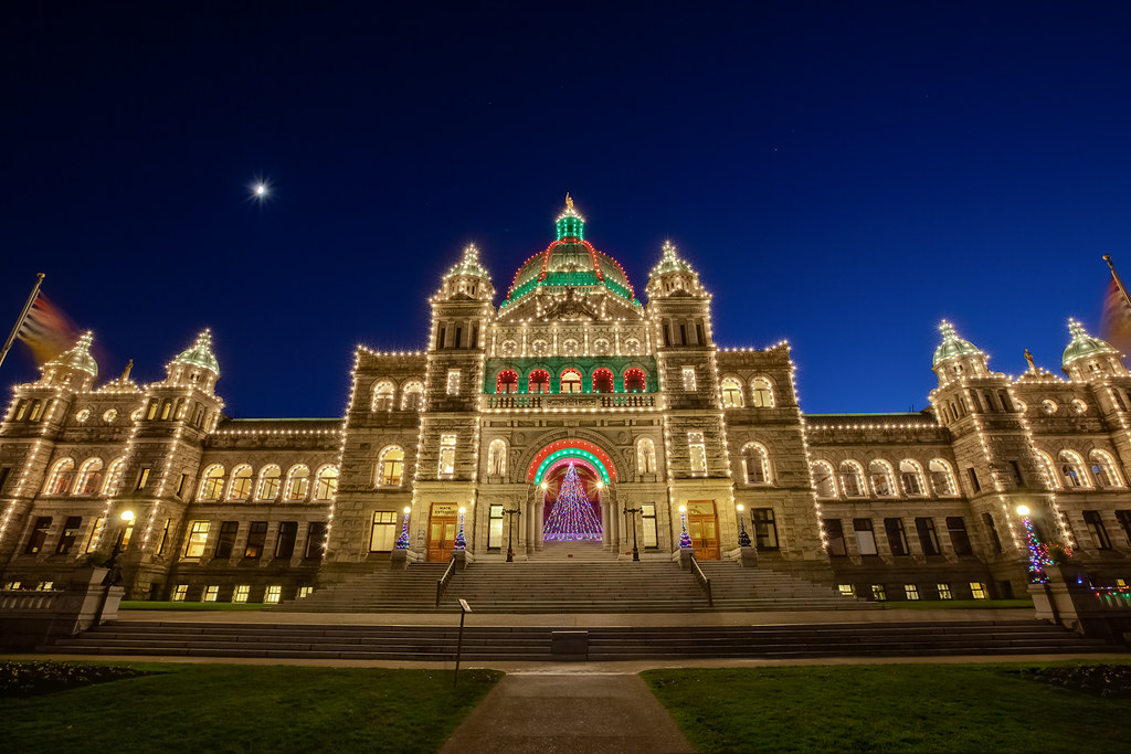 ... Victoria Parliament Buildings Christmas Lights | by Lisa Bettany  {Mostly Lisa} - Victoria Parliament Buildings Christmas Lights BC Parliame… Flickr