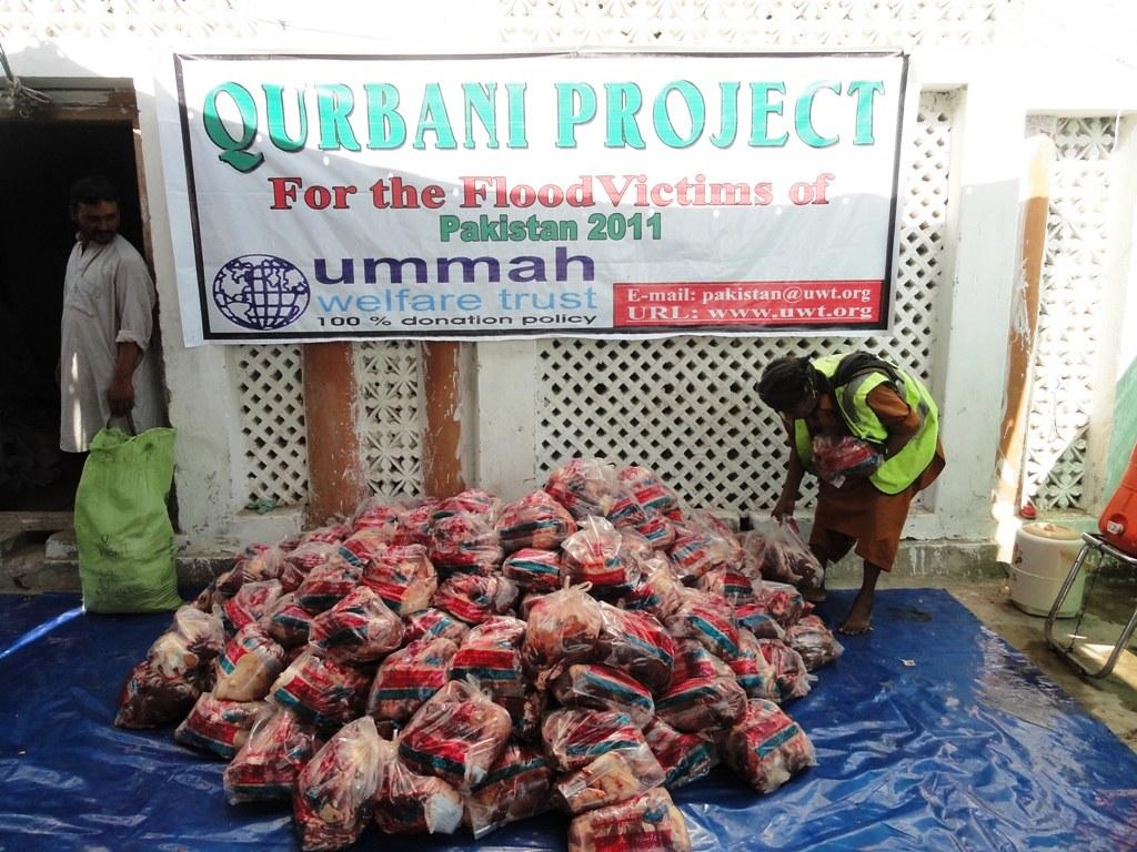 Qurbani distribution | Ummah Welfare Trust UK | Flickr