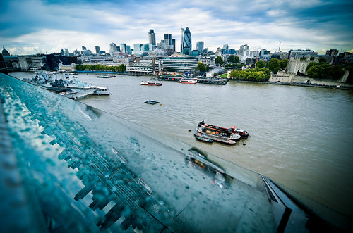 London through a wide-angle lens | by Alexandre Moreau | Photography