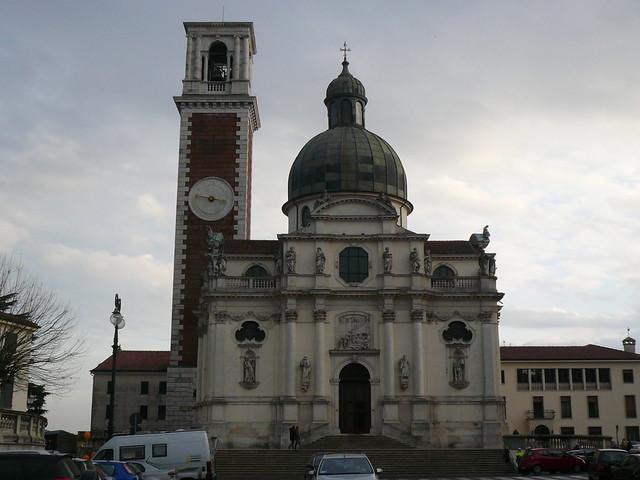 Basilica di Monte Berico - facciata frontale -