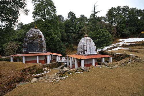 Temple inside the Binsar Sanctuary (Binsar, Uttarakhand - India) | by Vivek Sheel