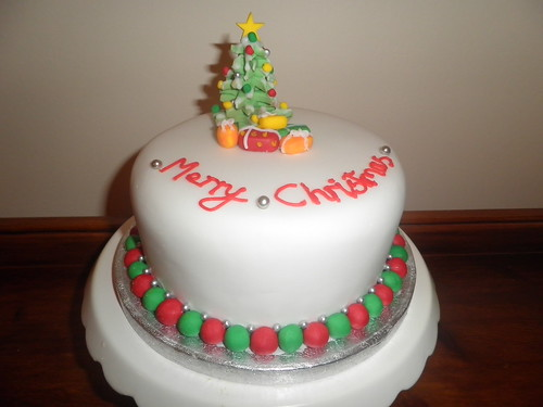 Cake Decorations New Lynn : christmas cake Christmas tree christmas cake by ...