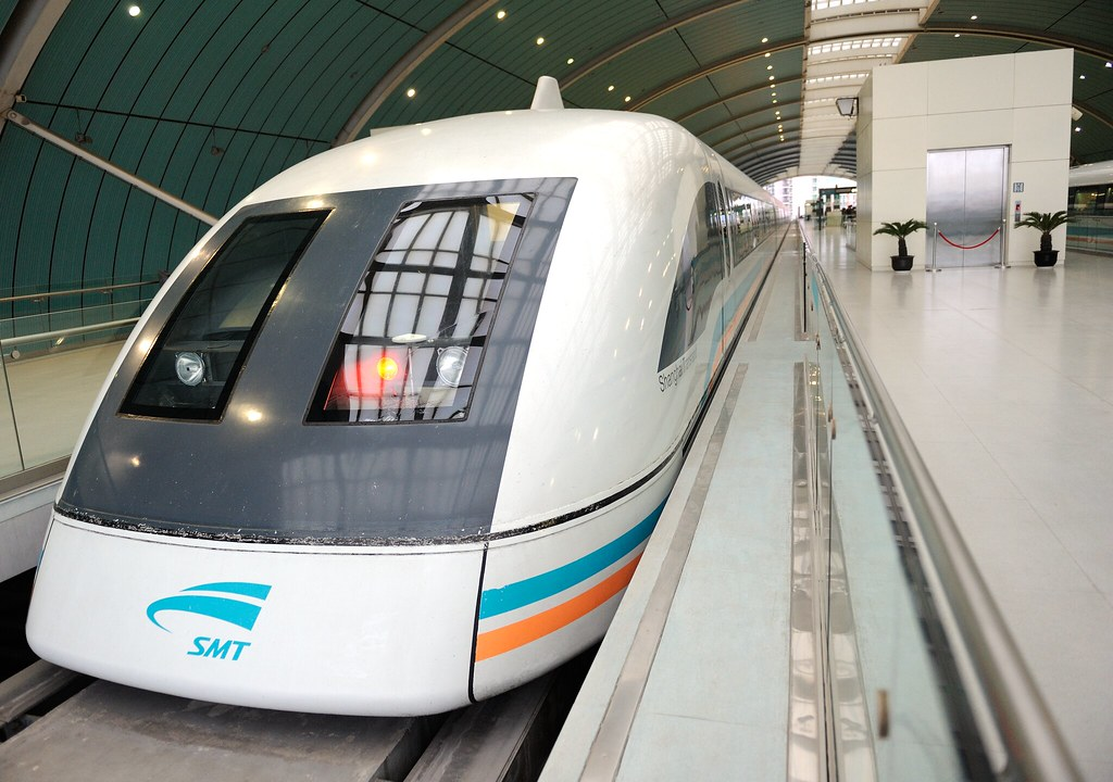 Shanghai Maglev | Snapped at the Longyang Road station in th… | Flickr