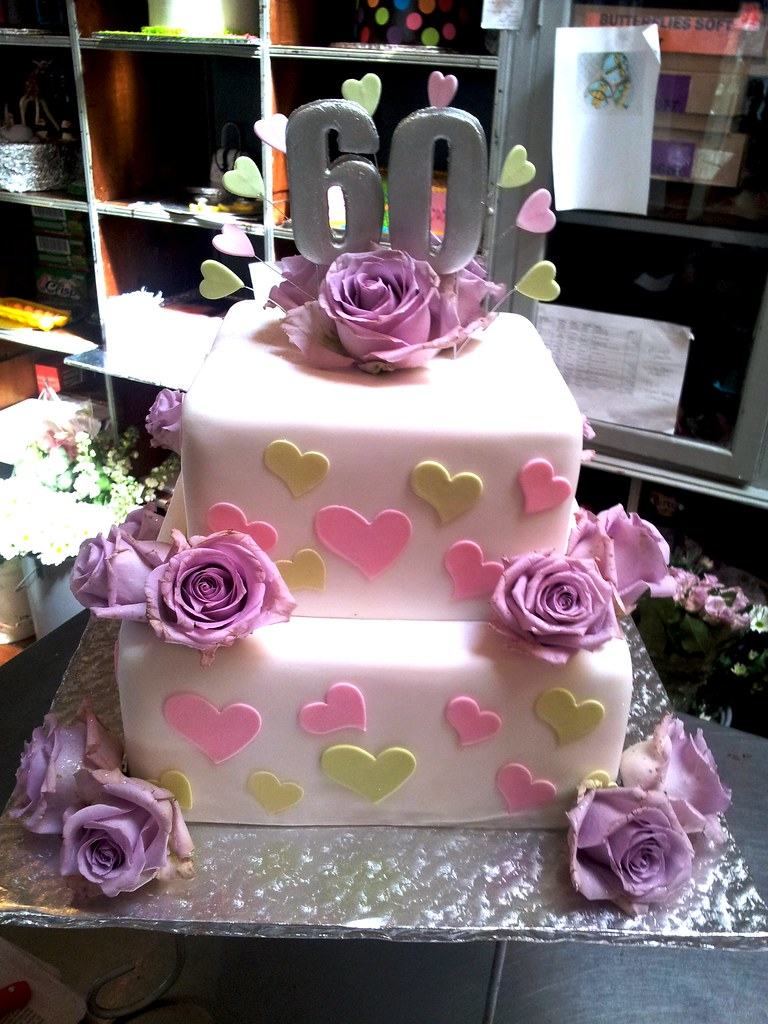 2-tier square Wicked Chocolate cake covered in white fonda… | Flickr