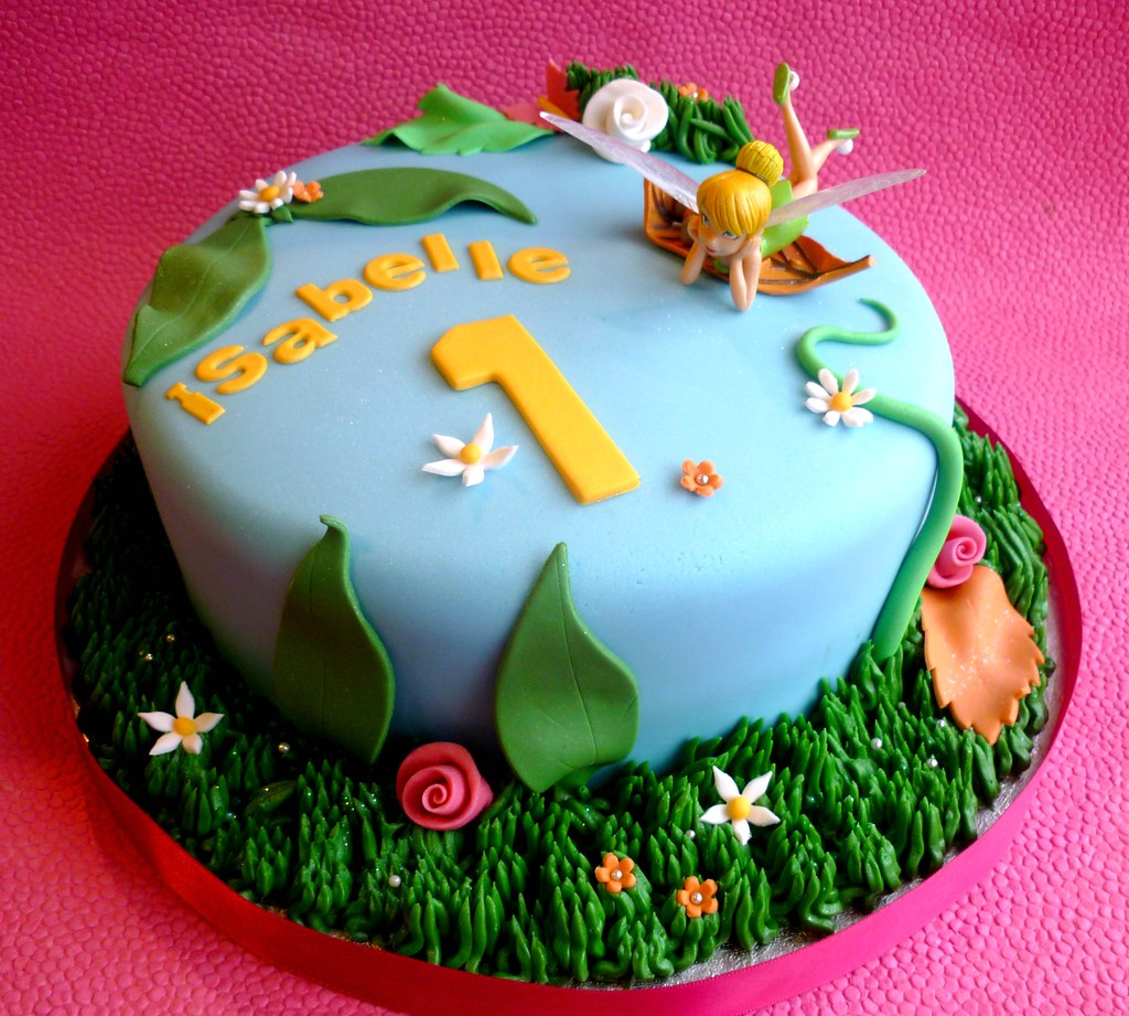 Tinkerbell 1st Birthday Cake This Is A Vanilla Cake Decora Flickr