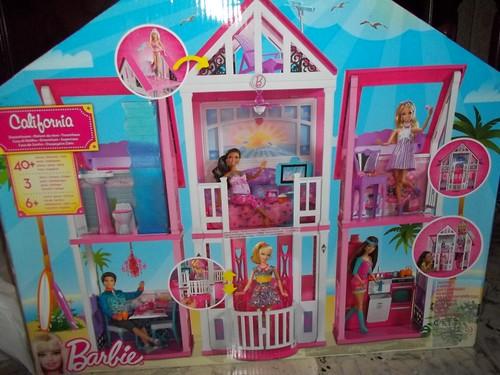 Barbie malib house questa casa di barbie davvero for Casa di barbie malibu