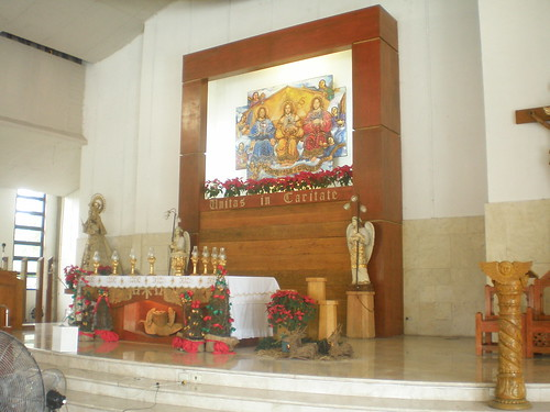 Altar of Sta. Trinidad | by Rey Ang