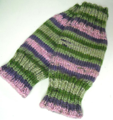 Knitted Leg Warmers Free pattern from Michaels in Charism? Flickr