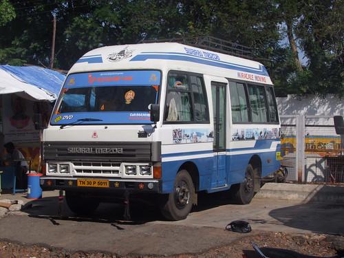 Swaraj Mazda T3500 Bus Fabrication Indienne