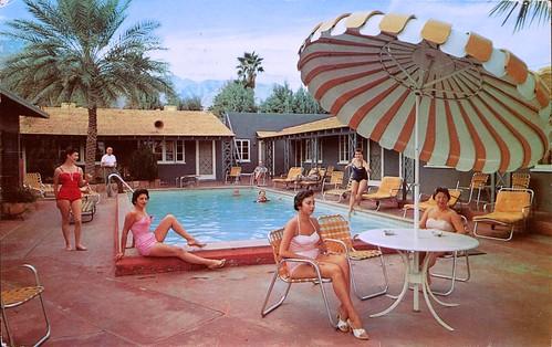 Palm Springs Retro Motel