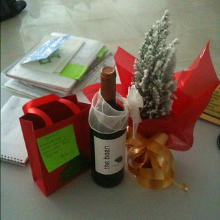 Several very unexpected gifts were waiting on my desk for me this morning! #ihaveamazingcolleagues | by Ina Cherpokova
