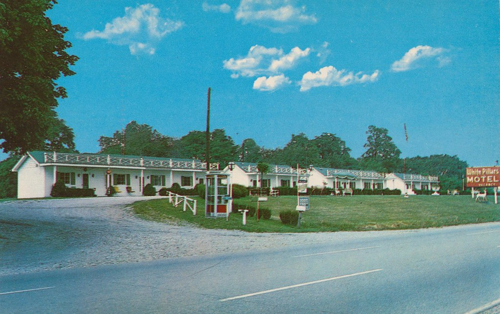 White Pillars Motel - Norwich, Ohio