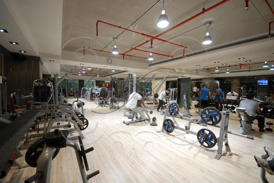 Best Commercial Gym Design Ideas Contemporary   Decorating .