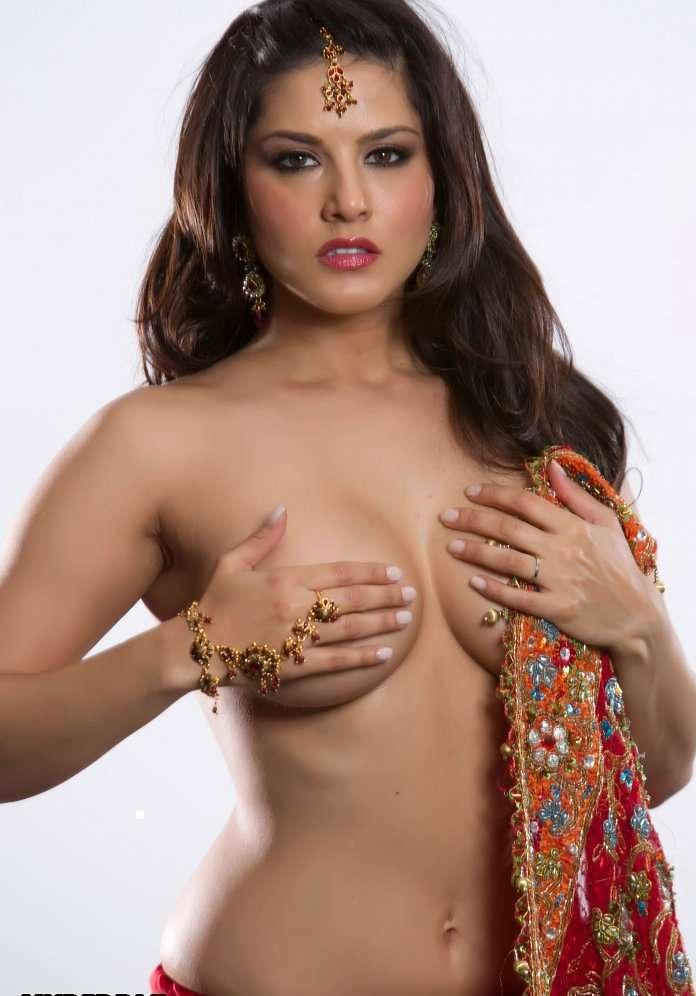 saree sunny nude