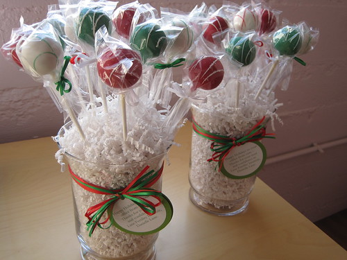 Christmas Cake Pops Bouquets | by Sweet Lauren Cakes