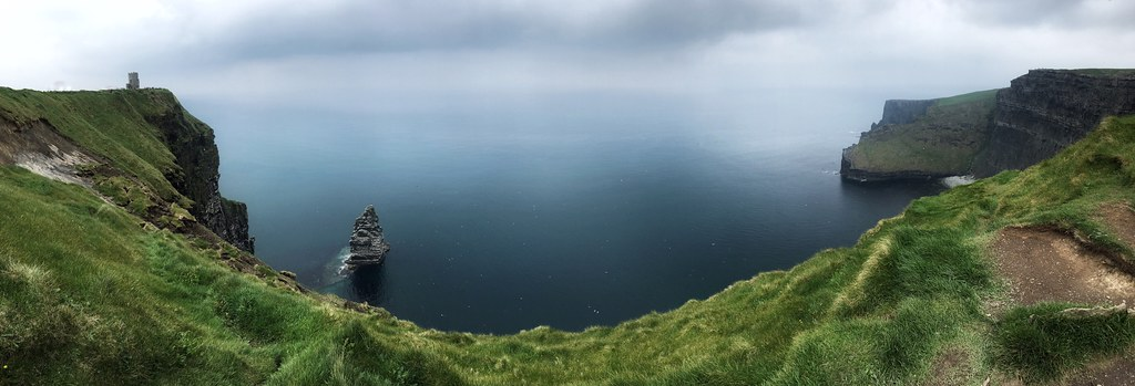 File:Ireland cliffs of moher1.jpg - Wikimedia Commons
