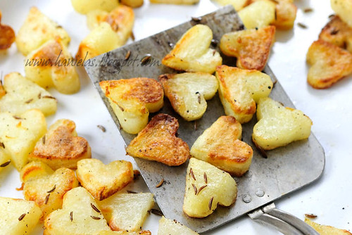 Delicious Roasted Potatoes | by Haniela