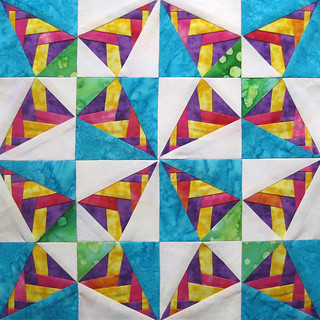 Braided Kaleidoscope for Fat Quarterly | by Jennifer Ofenstein (sewhooked.com)