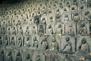 Statues, Buddhist temple,Tokyo,Japan | by flaminghead Park