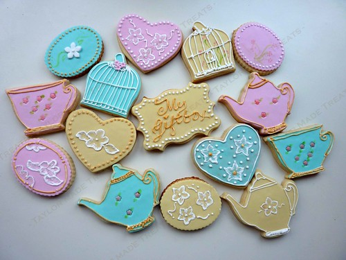 Shabby Chic Cookies | by Taylor Made Treats