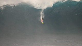 Jeff Rowley Big Wave Surfer Jaws Peahi Maui First Australian to Paddle in 4 January 2012 Xvolution Media | by Jeff Rowley Big Wave Surfer