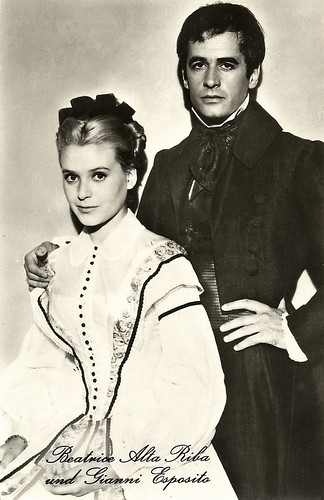 Béatrice Altariba and Gianni Esposito in Les misérables (1958)