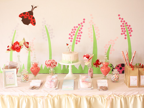 Ladybug dessert table 1st birthday party for chloe held for Table 52 hummingbird cake