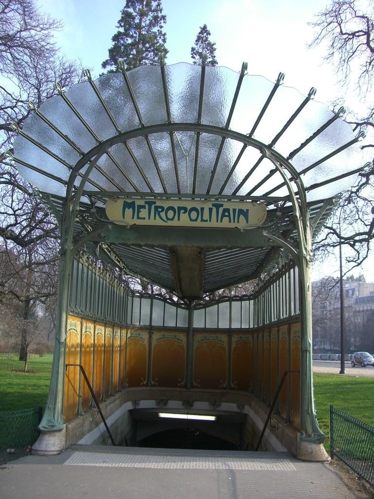 Station de métro Porte Dauphine, avenue Foch, Paris XVIe | Flickr