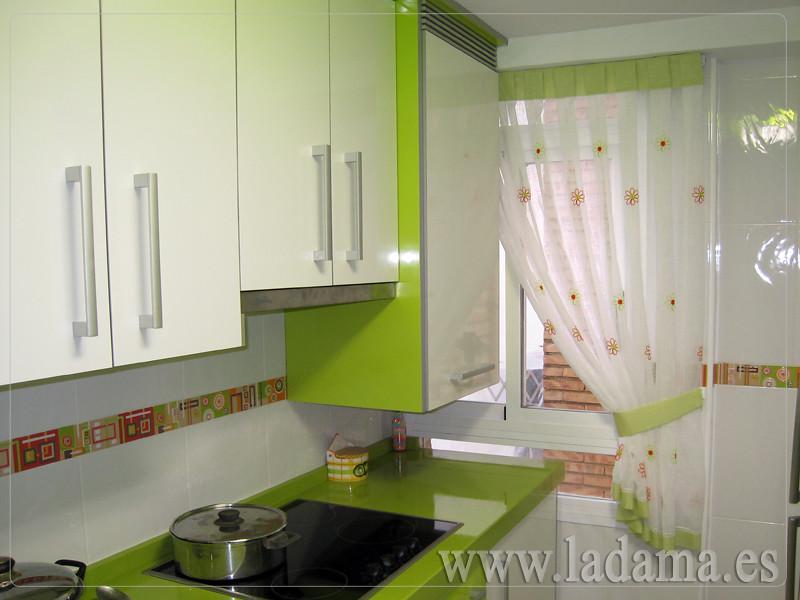 Cortina de Cocina para ventana pequeña | Visita nuestra web … | Flickr