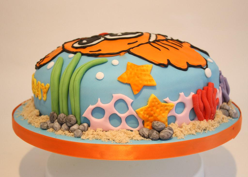 Finding Nemo Theme Birthday Cake 10 Round Madeira Cake Ic Flickr